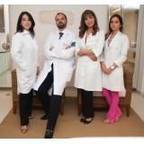 Cirurgião Especializado em Cabeça em Água Rasa