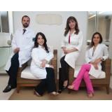 Médico para Operação de Tiroide na Cerâmica
